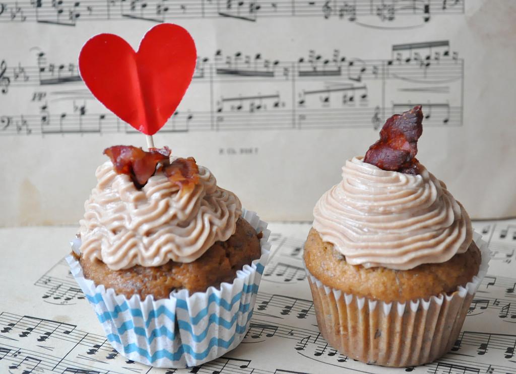 a cupcake dva na pozadí