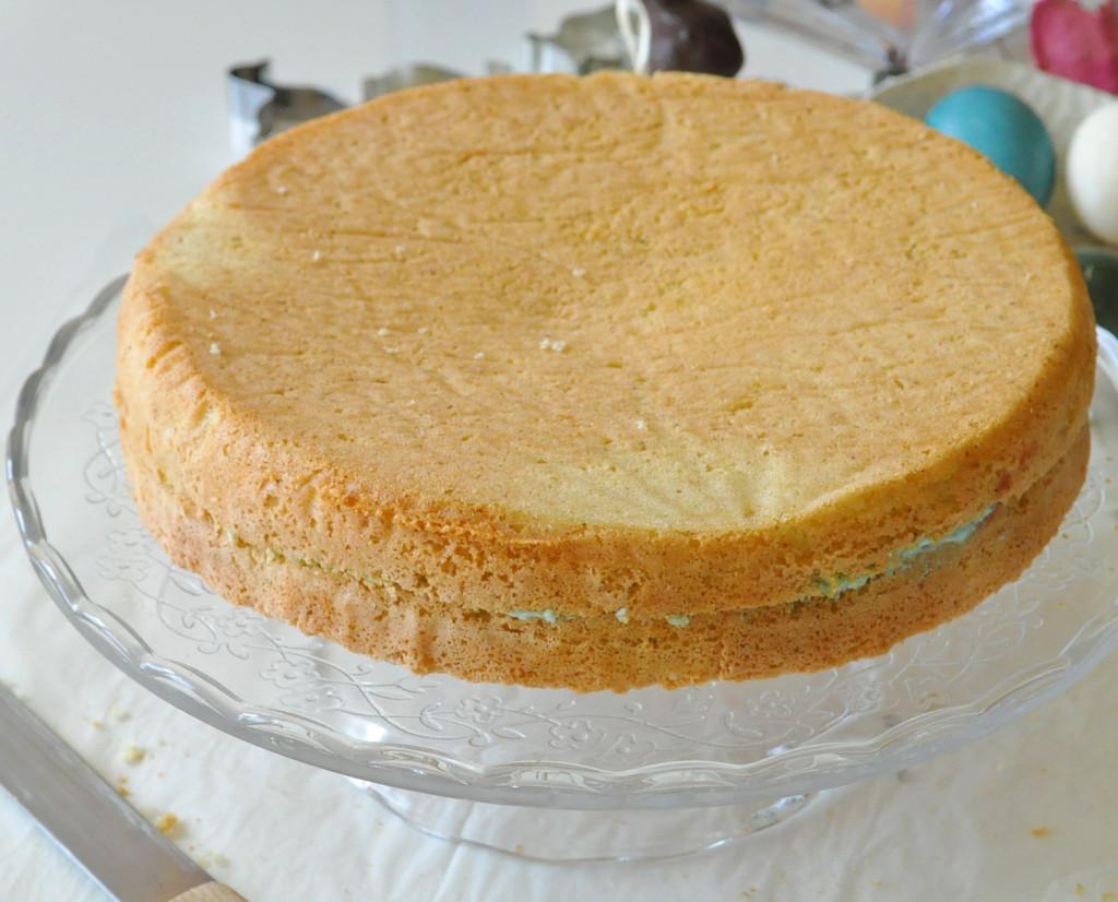 a-torta-korpus-zlepeny-kremom