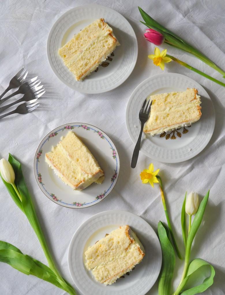 a torta nakraj. na tanier.