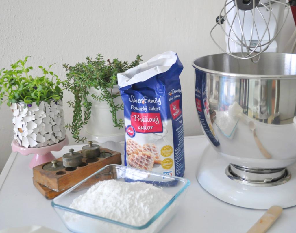 a pavlova cukor mixer