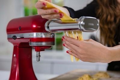 Pasta sheet roller LP0A9244.12436