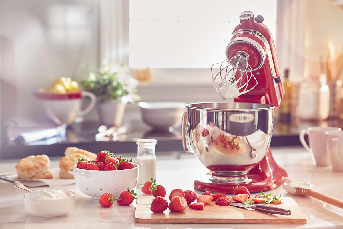 Spotřebiče KitchenAid v červené barvě